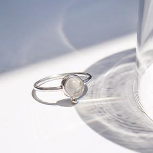 petit ring (moonstone)