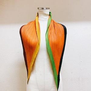 イッセイミヤケ プリーツプリーズ スカーフ 菱形 オレンジ色 ISSEYMIYAKE PLEATS PLEASE   美品