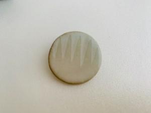 古川まみ 陶器ブローチ お箱入り ceramic brooch ミント×ペールグレー 丸