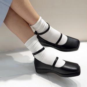 ロリータ風ストラップシューズ 厚底 スクエアトゥ フェミニン 靴 韓国