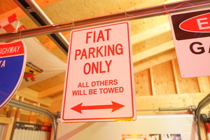 FIAT PARKING ONLY プレート