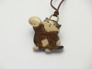 桂の猫ペンダント P1237