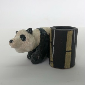 陶のスタンド「パンダ」