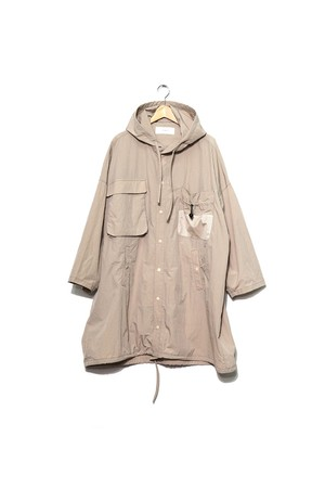 wonderland, Nylon parka