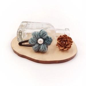 ぷっくりお花のパッチンピン*ブルー