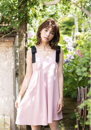 Asymmetry Ribbon Dress / アシンメトリー肩リボンワンピース
