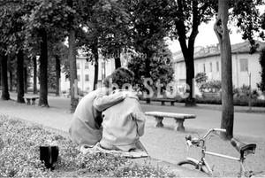 1954年撮影 イタリア トスカーナ 恋人【120195401】