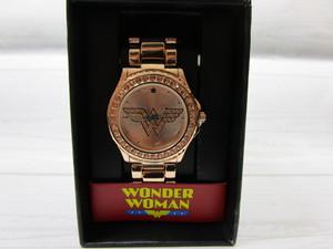 DC ワンダーウーマン 腕時計 ゴールド
