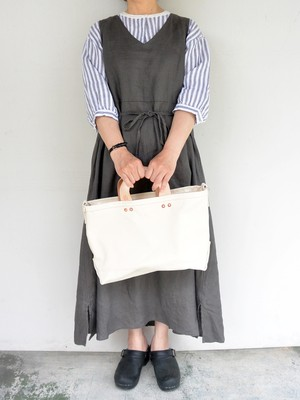P.T WORKS & DESIGN TOOL LEATHER HANDLE CANVAS TOTE(S) WHITE
