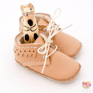 《First Baby Shoes》Model : NIKA ファーストシューズ手作りキット Champagne × Champagne