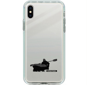 iPhone X, XS, 8, 7用ミラーケース パドリングシルエット(Leo R. Yamada) シルバー