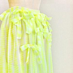 《MANILA MANIA》リボンいっぱいのオーバースカートまたは透け透けエプロン