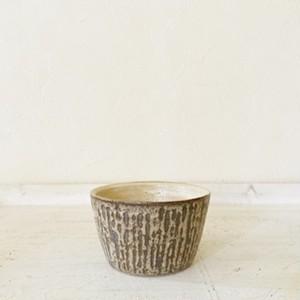 ストライプの小鉢