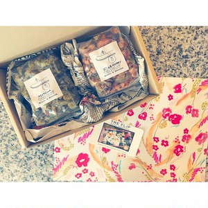 """Thank you Mother!!! """"Mothers day GIFT BOX"""" [GRANOLA set]"""