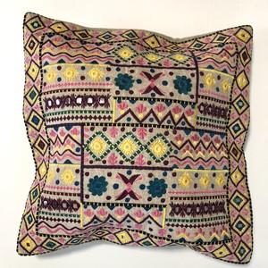 インド製 ミラーワークと刺繍 クッションカバー