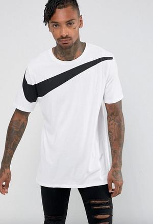 Nike デカSwosh Tシャツ (White : S/M)