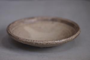 野口淳 炭化粉引き玉縁6寸皿