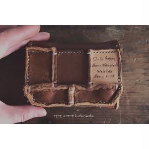 横長駒縫いボックスコインケース