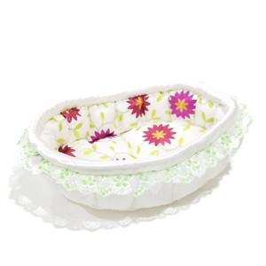 ふーじこちゃんママ手作り ぽんぽんベッド フリル付き(サテンホワイト・花柄)Mサイズ