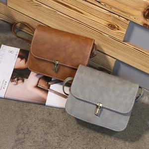 【バッグ&シューズ】レトロファッション韓国ファッション無地ボディバッグ25367721