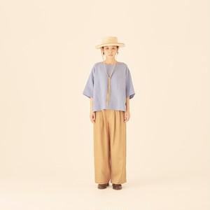 woman's linen T-shirts