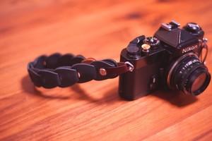 folklole mini / Hand Strap #6【ウロコのようなカメラストラップ】