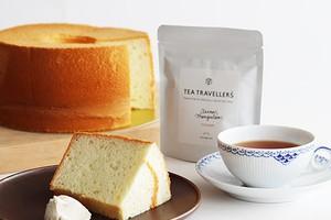 シフォンケーキと紅茶のセット
