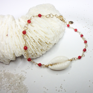 Cowry × Red Coral Bracelet