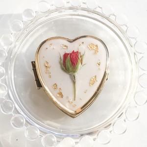 薔薇のアンティーク風ピルケース