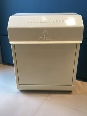 "Mail-box""クリーム"""