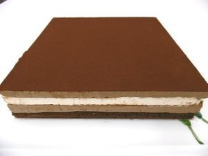 15㎝ 月替わりホールケーキ・4月「ショコ・マントゥ」チョコとミントの爽やか5層仕立て