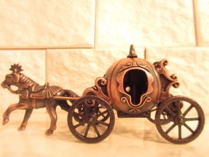 ヨーロピアン アンティーク調オブジェ 「かぼちゃの馬車」 模型 シンデレラ