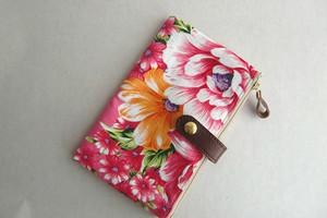 台湾客家華布 通帳/お薬手帳/パスポートケース ピンク