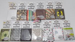 え?紙じゃないの?とびっくりする財布mighty wallet