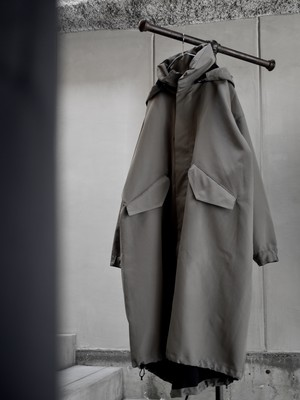 HYKE / M-65 TYPE COAT (GRAY)