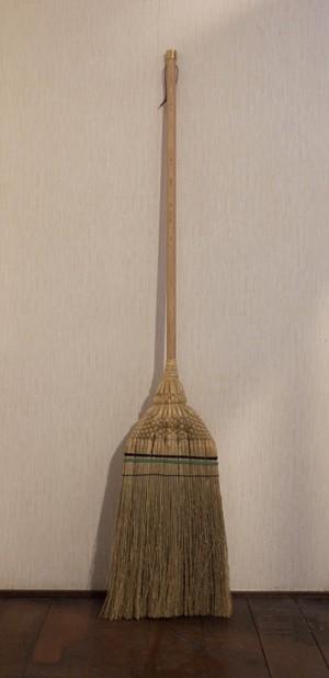 【京都日用品うろこ × 白木屋傳兵衛】  木製長柄+真鍮 江戸ほうき・草質「上」