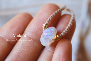 [Mexican precious opal] with [Cotton strings]Pendant
