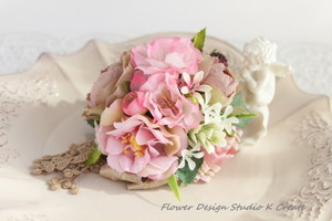 薔薇と桜のラウンド・コサージュ(ヘッドドレス可)