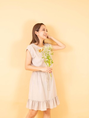 linen-like french sleeve dress BGE