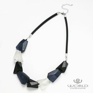 【worcolle】クリア×ネイビー×ブラックカラーの大ぶりネックレス(No.132631)