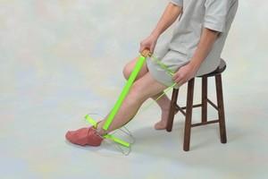 腰痛でお悩みの方へ!「はきやす」携帯タイプ(腰を曲げずに靴下が簡単に履けます!)