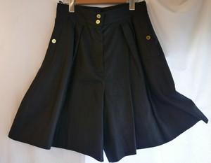 CHANEL Linen Short Pants black
