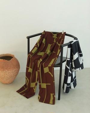 Geometric Tuck Trousers