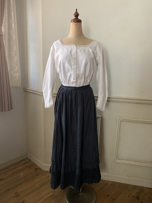 後染めantique petticoat