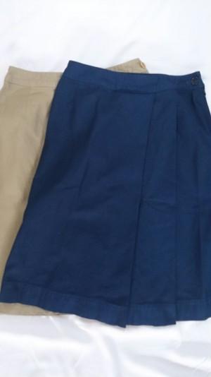 Tigre brocante サテン2プリーツスカート