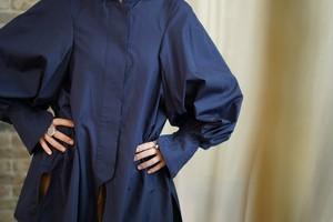 Mame Kurogouchi /  shirt(BEIGE/NAVY)