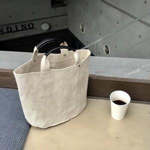 デイリーに使えるA4サイズのキャンパストートバッグ