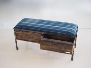 品番UAI2-108  2drawer ottoman[nerrow/African indigo batik tribal]