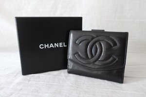 CHANEL Folded Wallet Black