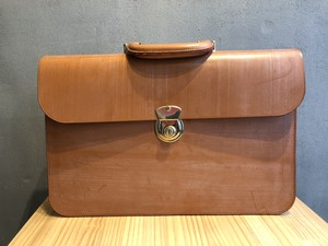 Brief Case/Tan
